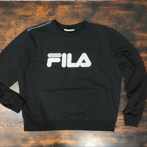 9fe3dc4bd407 Fila Tops | Logo Crewneck Size Xl | Poshmark